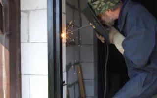 Как сварить железную дверь своими руками