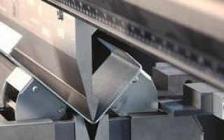 Как согнуть металлический уголок на арку